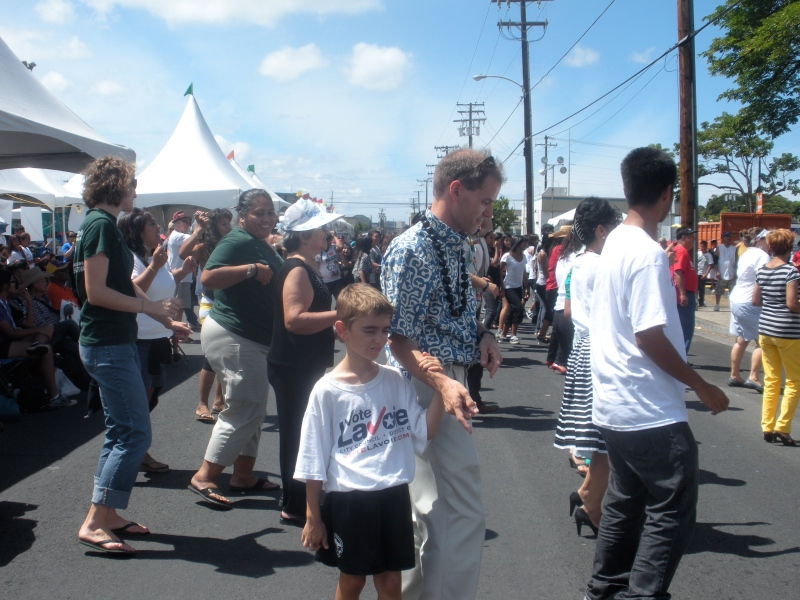 Dancing at the Taste of Kalihi